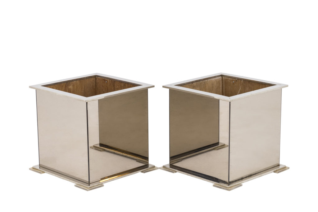 Pair of planters in mirror and chromed silvered metal, 1980's