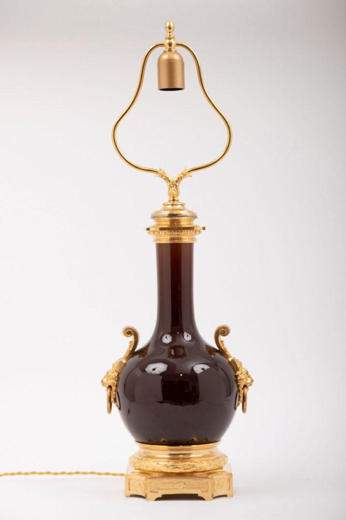 lampe porcelaine rouge monture bronze doré