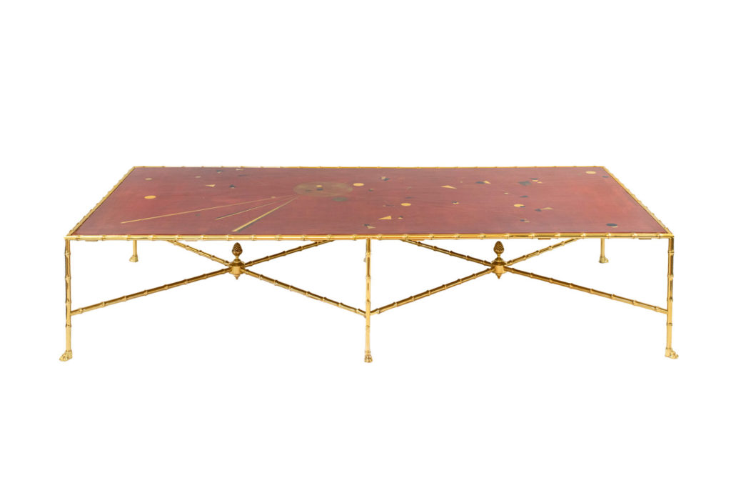 Red lacquer coffee table with gilt brass, contemporary work
