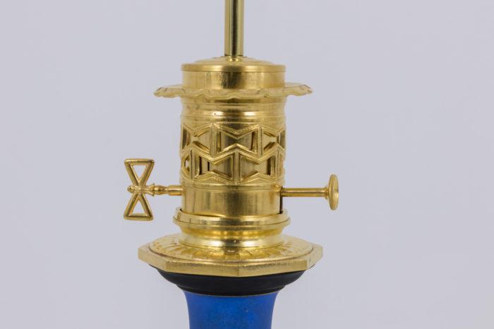lampe porcelaine detail monture