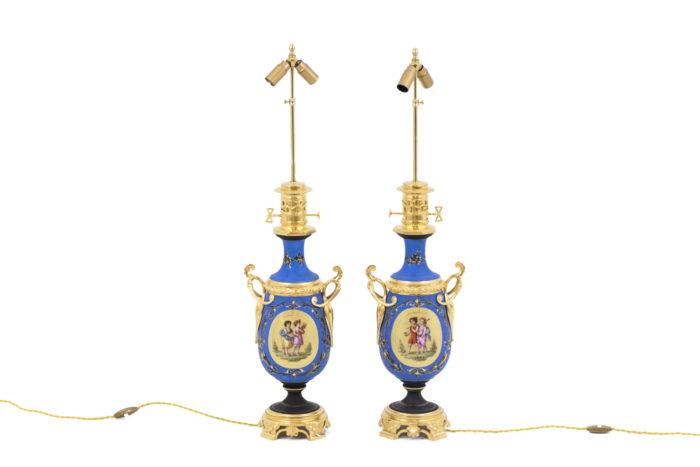 lampes porcelaines neoclassiques bleues