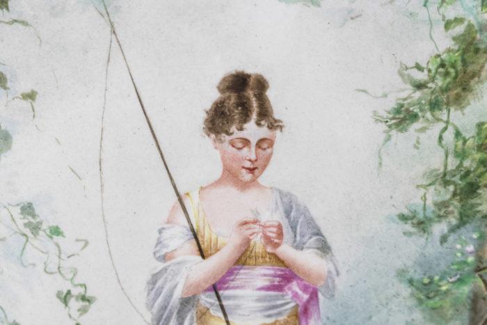 plaque porcelaine peinte pêcheuse femme