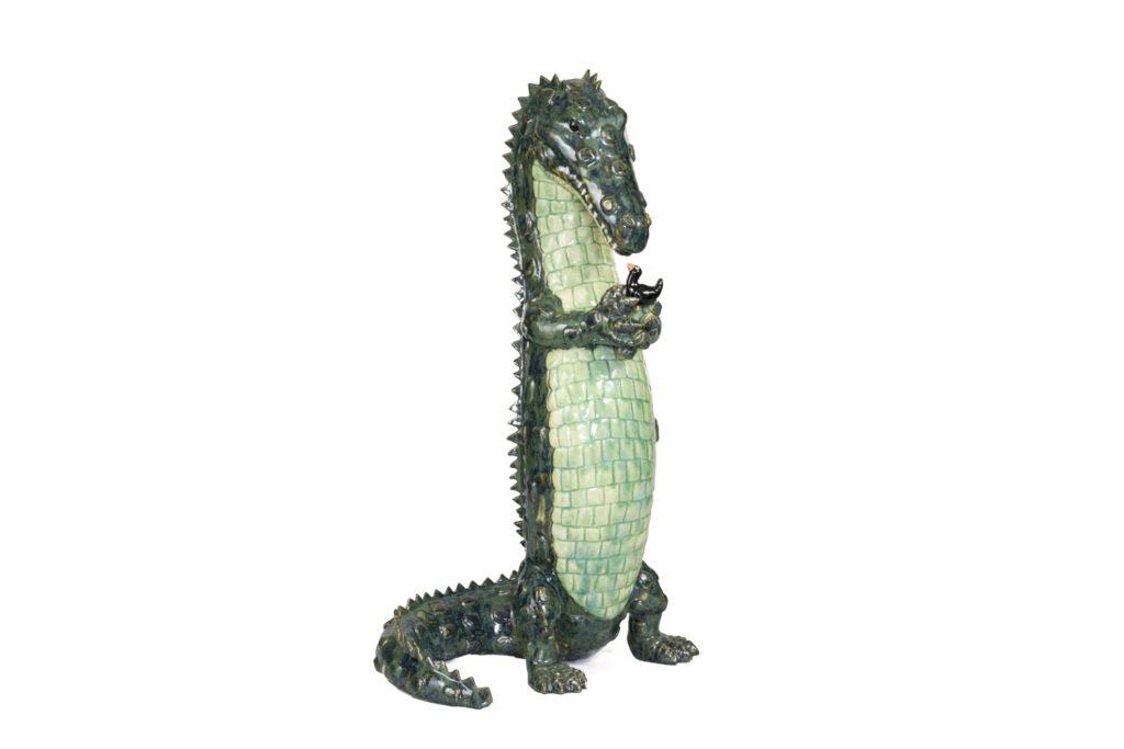 Valérie Courtet, Crocodile et oiseau, sculpture en grès émaillé