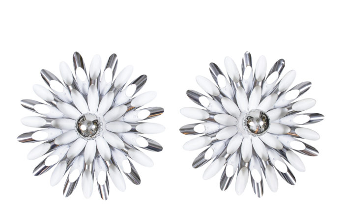 wall sonces chromed metal white lacquered flowers 1970's