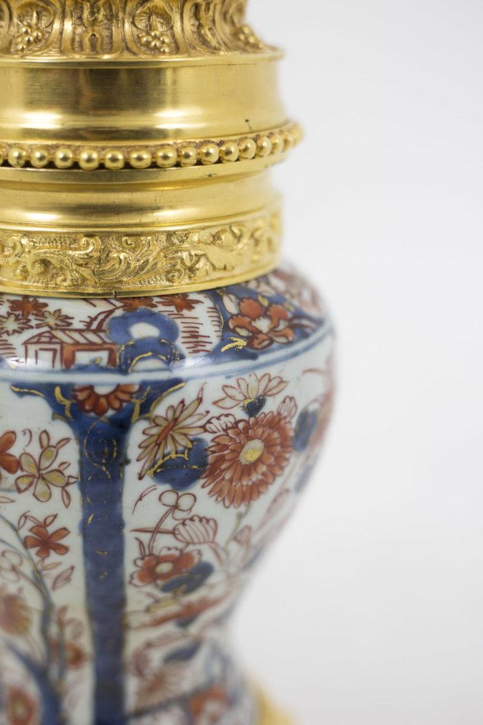 lampe porcelaine monture centrale bronze doré