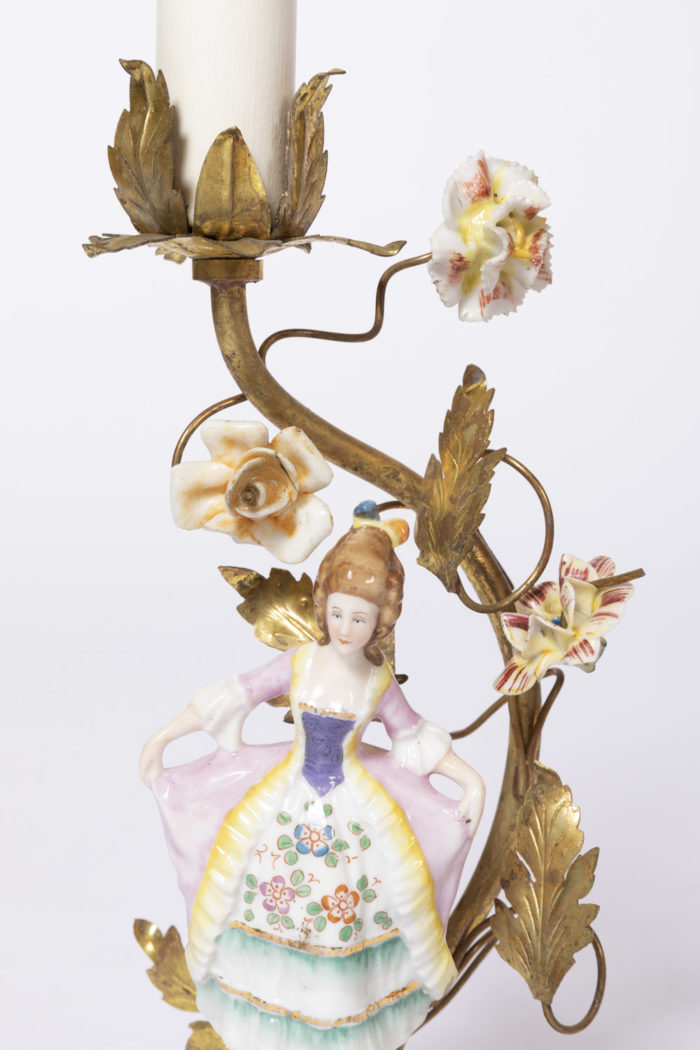 lampes femme xviiie porcelaine