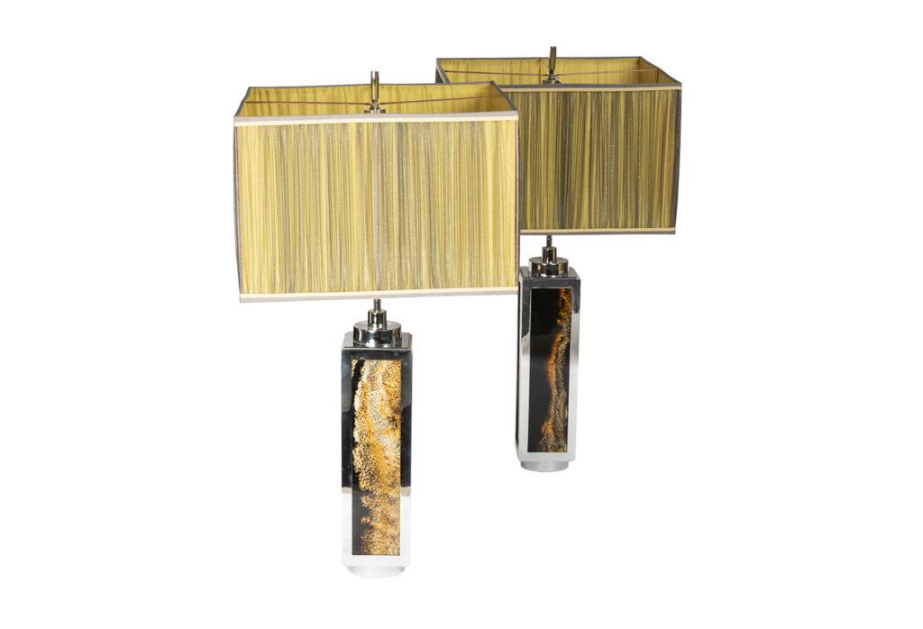 Paire de lampes en bakélite et métal chromé, années 1970