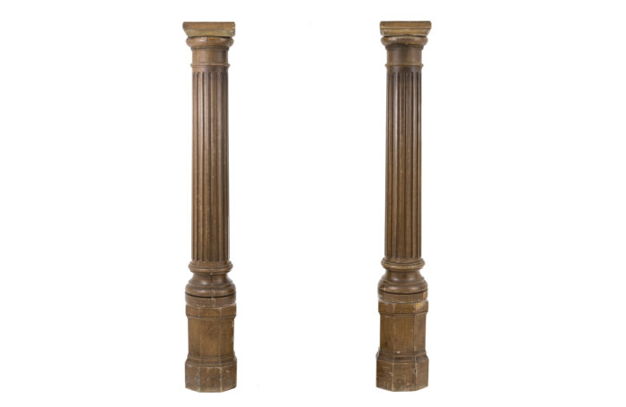 fluted columns wood brown lacquered