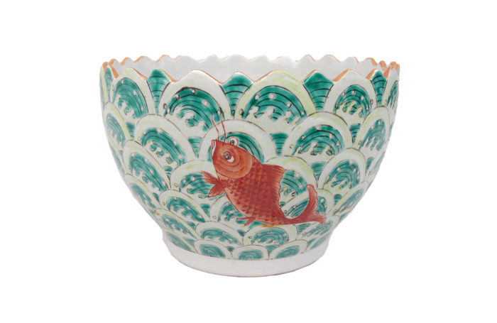 cup chinese porcelain fishes
