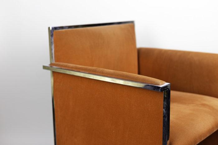 fauteuil métal chromé suédine orange accotoir