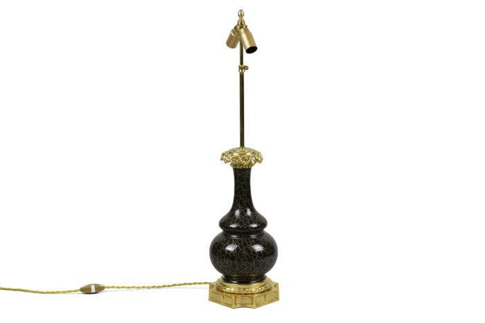 lampe style louis xvi porcelaine gris anthracite décor or 2