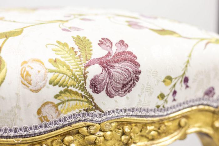 tabouret style louis xv bois doré détail