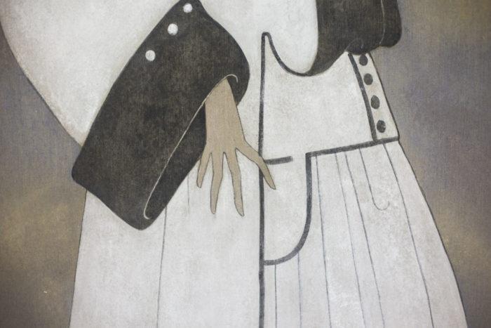 toile femme art déco détail manteau