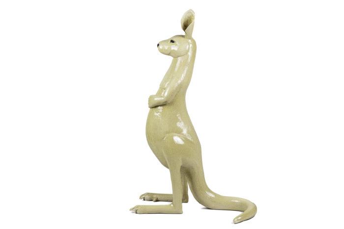 valérie courtet sculpture kangourou grès émaillé side