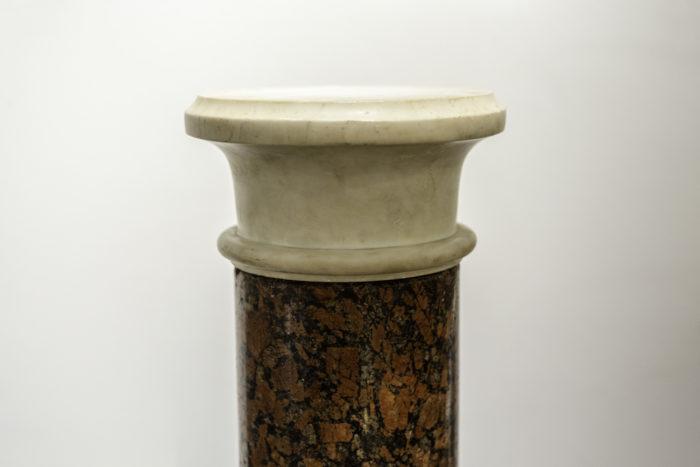 colonne marbre rouge brocatelle marbre blanc chapiteau