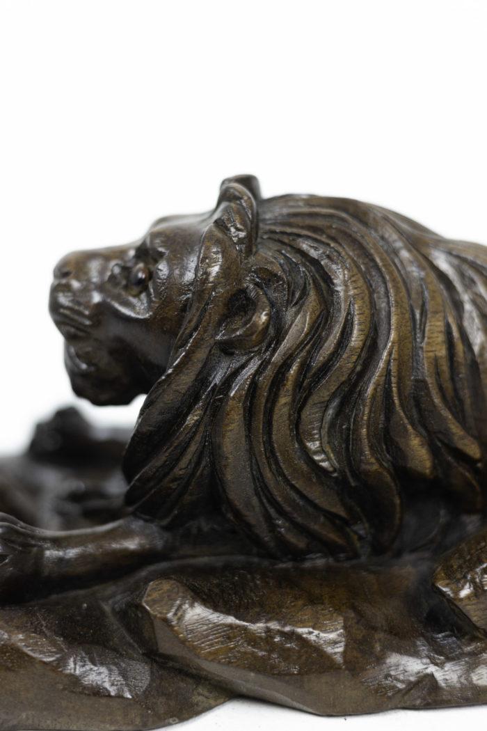 inkwell walnut lion hair