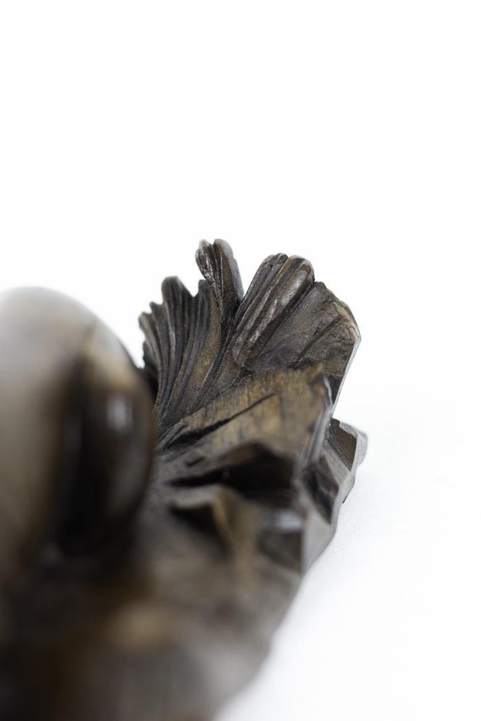 inkwell walnut lion leaves