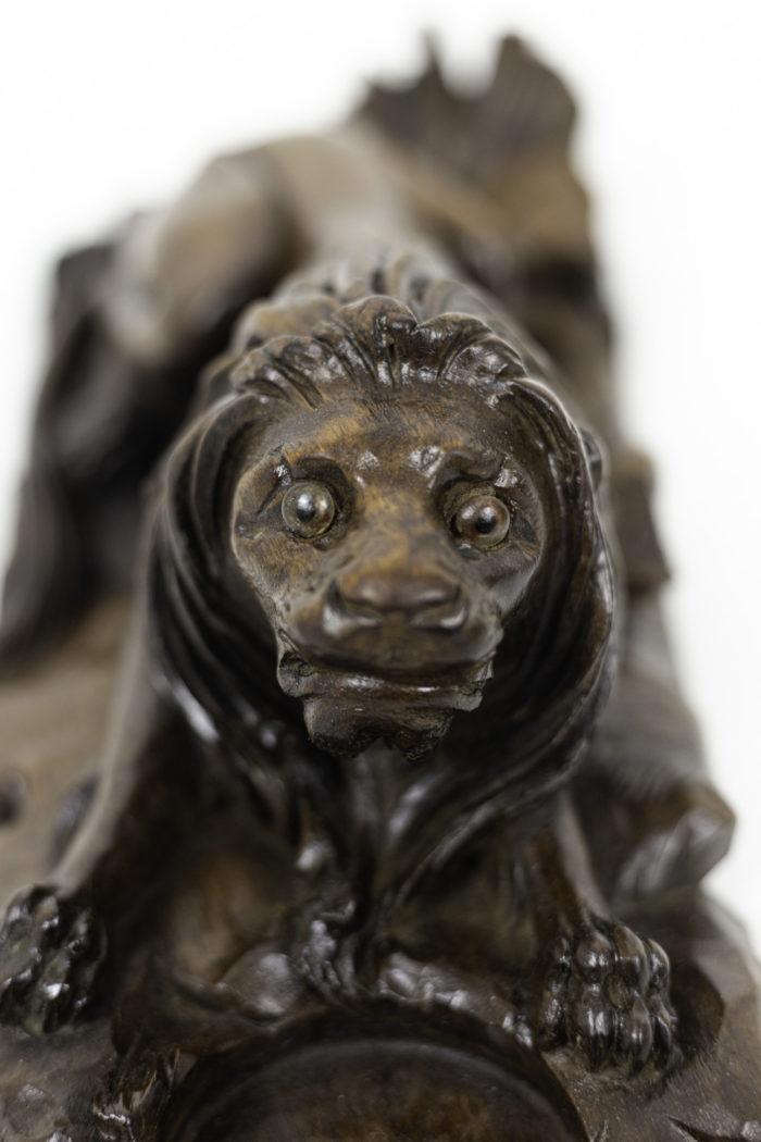 inkwell walnut lion head