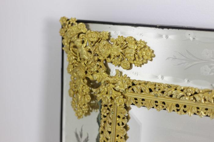 miroir gravé style louis xiv bronze doré écoinçon