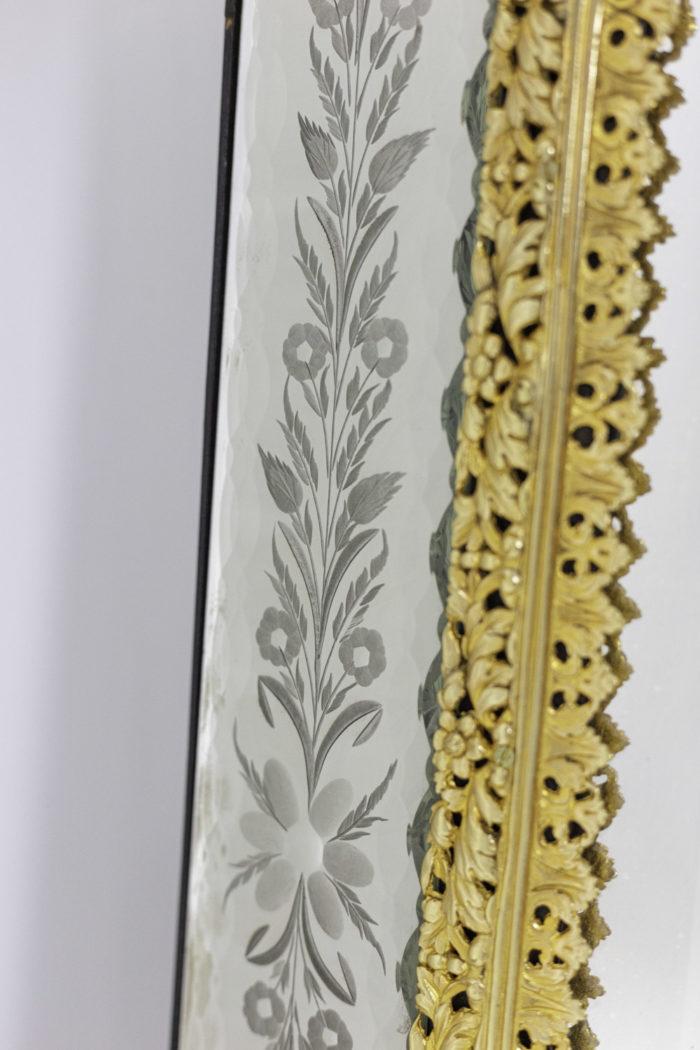 miroir gravé style louis xiv bronze doré bord