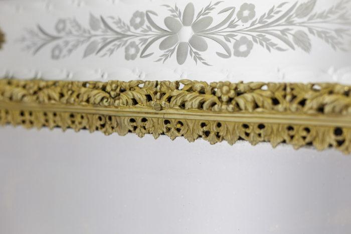 miroir gravé style louis xiv bronze doré frise