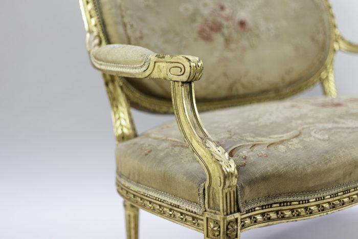 canapé style louis xvi bois doré tapisserie aubusson accotoir