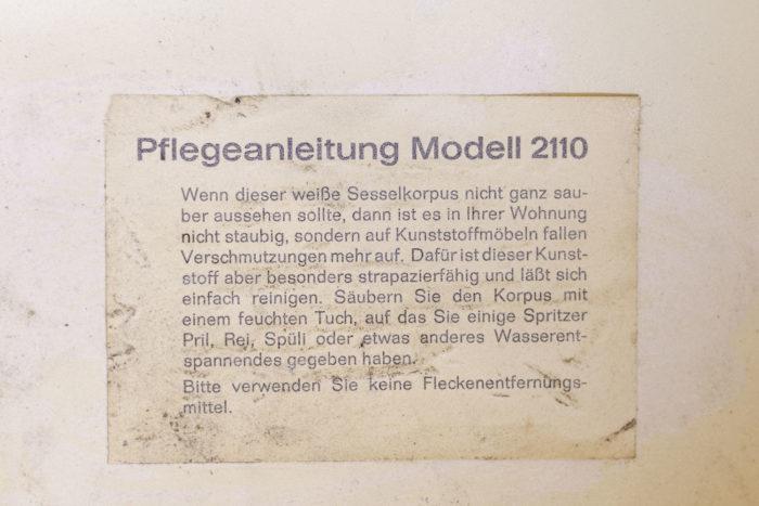 fauteuil mushroom style pierre paulin étiquette modèle 2110
