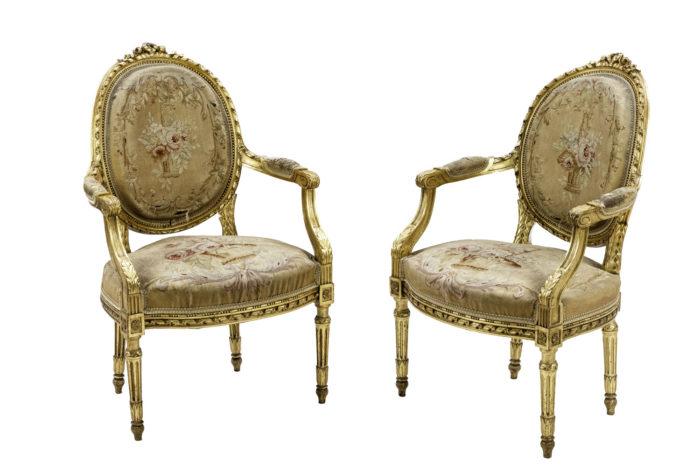 fauteuils style louis xvi bois doré tapisserie aubusson