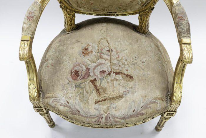 fauteuils style louis xvi bois doré tapisserie aubusson assise