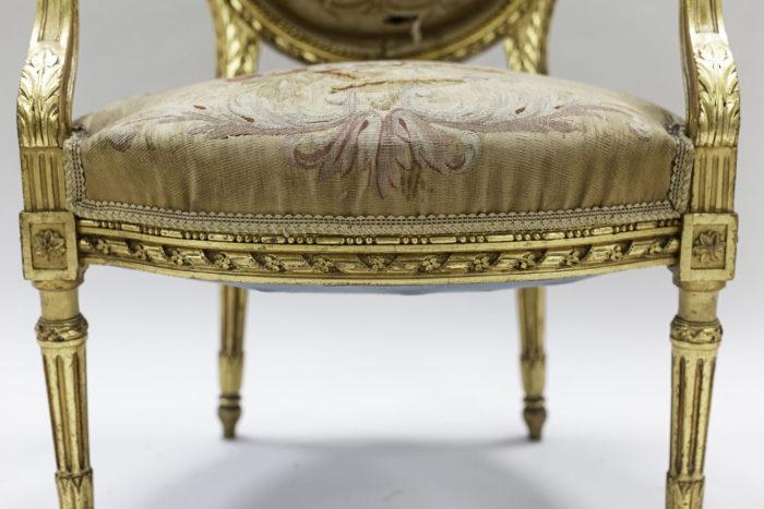 fauteuils style louis xvi bois doré tapisserie aubusson ceinture