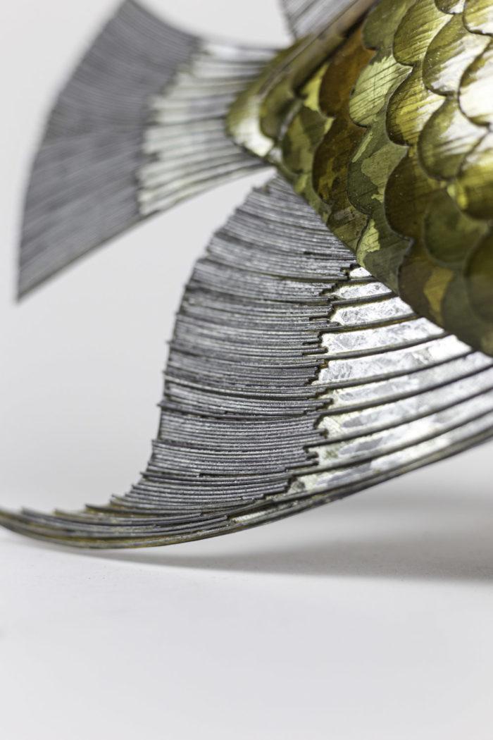 poisson feuilles cuivre étain laiton nageoires