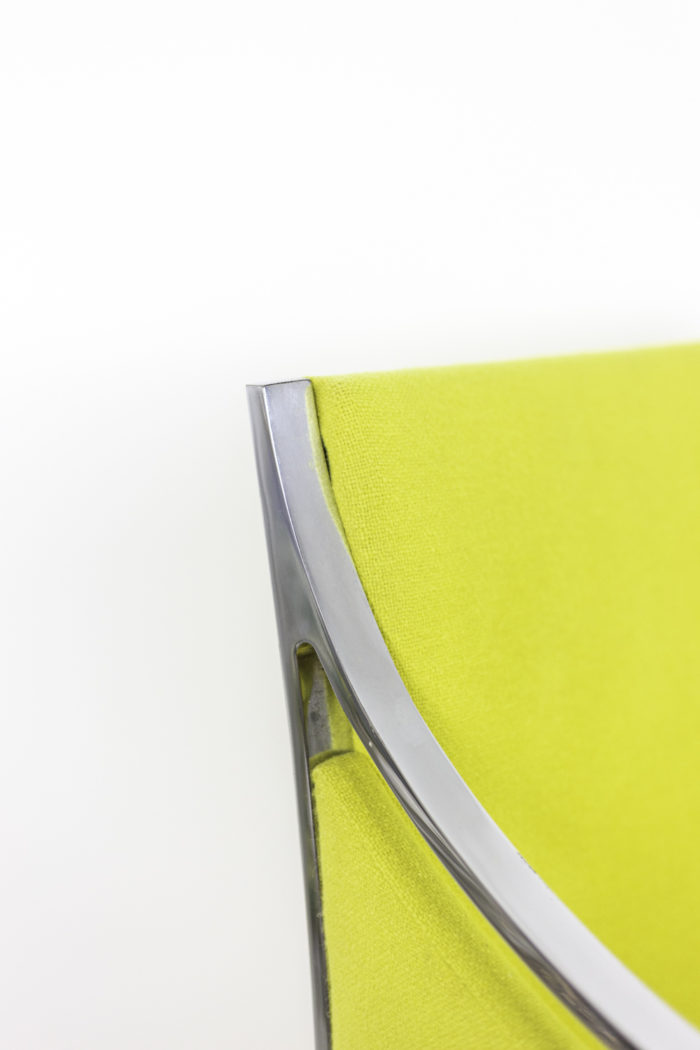 stow davis fauteuil métal chromé tissu jaune détail
