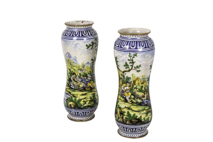 vases faïence polychrome majolique italienne