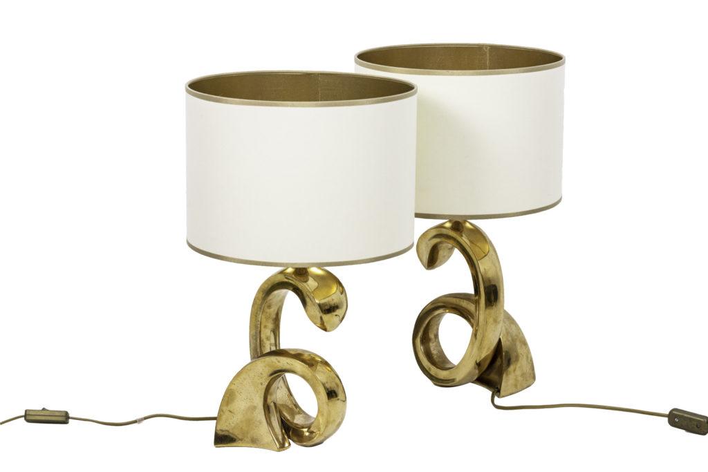 Paire de lampes spirale en bronze doré, années 1970