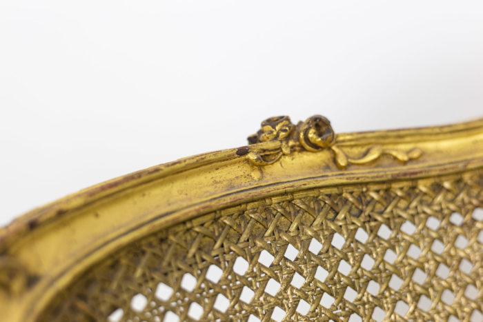 Marquise Louis XV en bois doré détail dossier 2