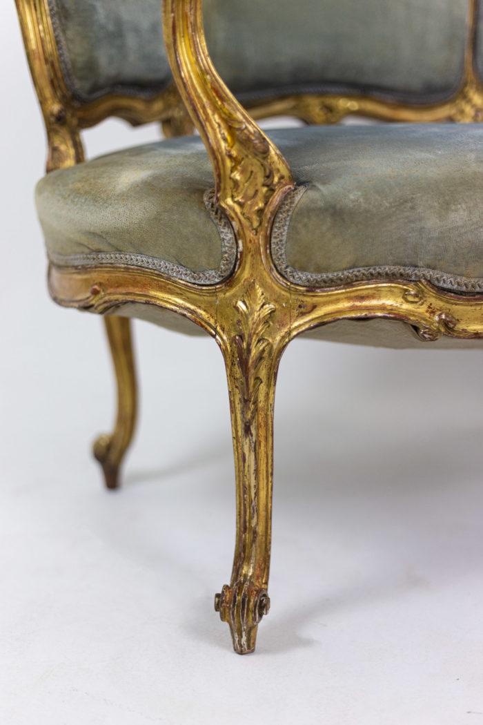 Marquise style Louis XV garnie de velours bleu pied