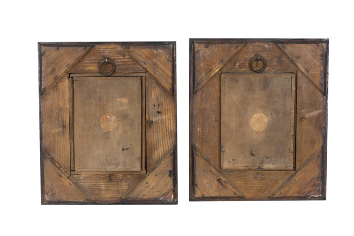 Tableaux en bois sculpté face dos