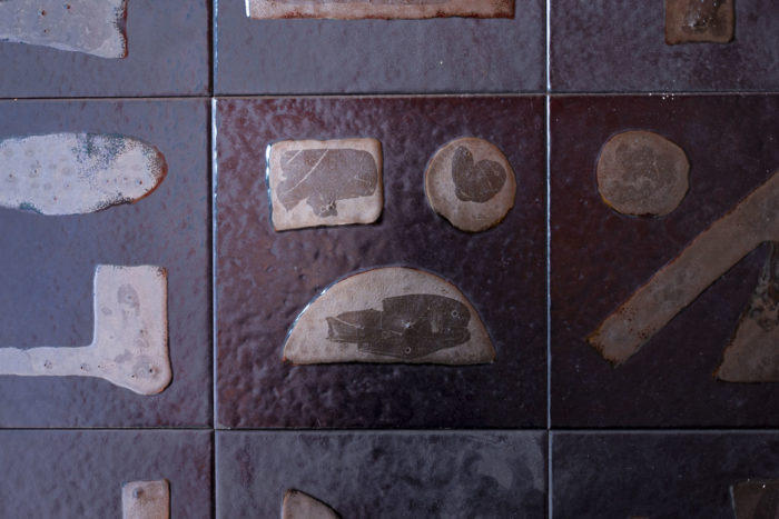 bruno capacci bas-relief céramique détail