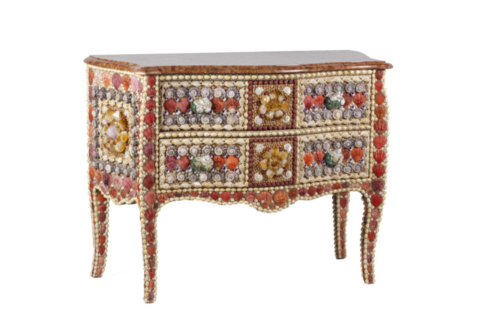 commode style louis xv coquillages quartz
