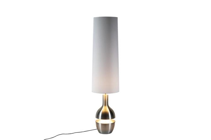 Lampe inox brossé allumée