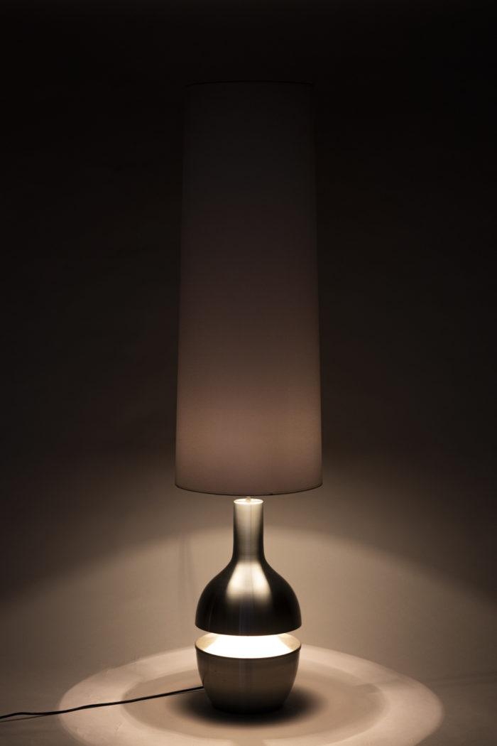 Lampe inox brossé allumée noir