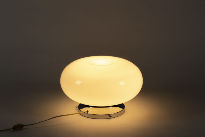 lampe opaline blanche métal chromé space age 2