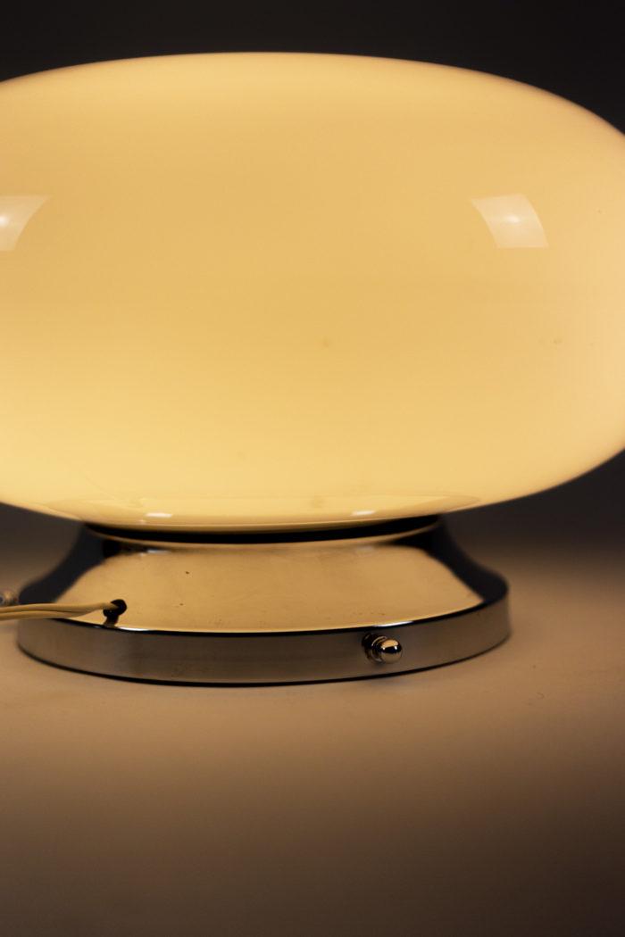 lampe opaline blanche métal chromé space age 4
