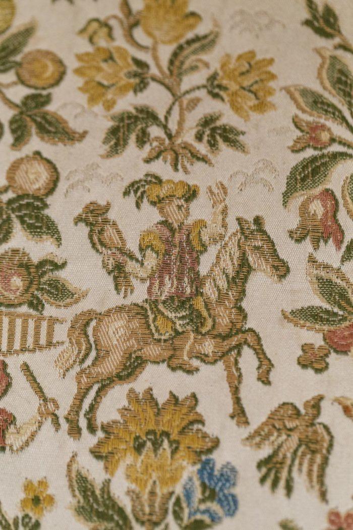 Canapé style Louis XV tapisserie