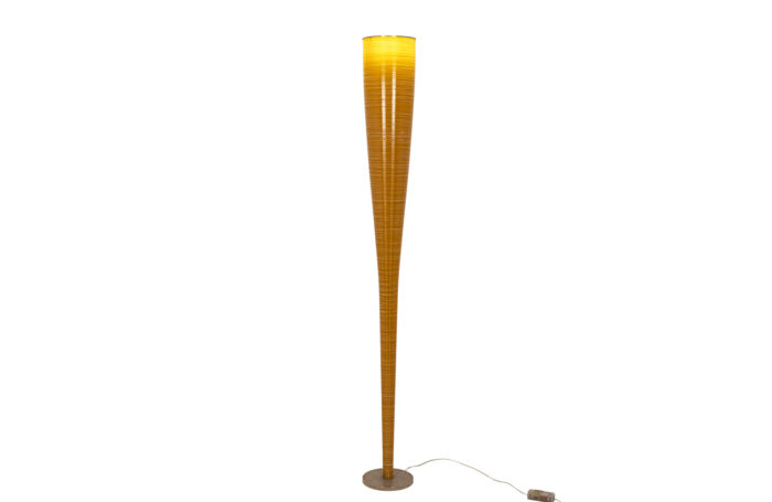 Polycarbonate floor lamp 2