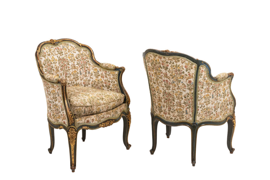 Pair of Louis XV style bergeres in green lacquer and gilt wood, circa 1880