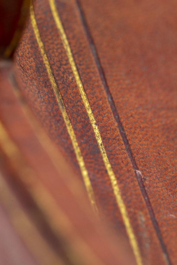 Porte-lettres en cuir détail 3