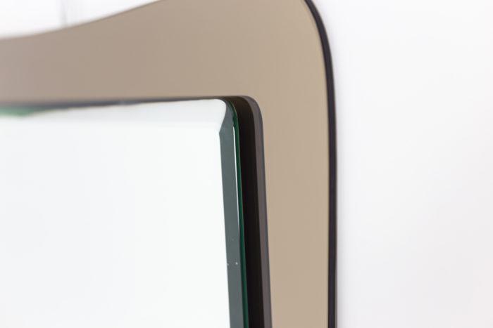 Miroir, bord gauche