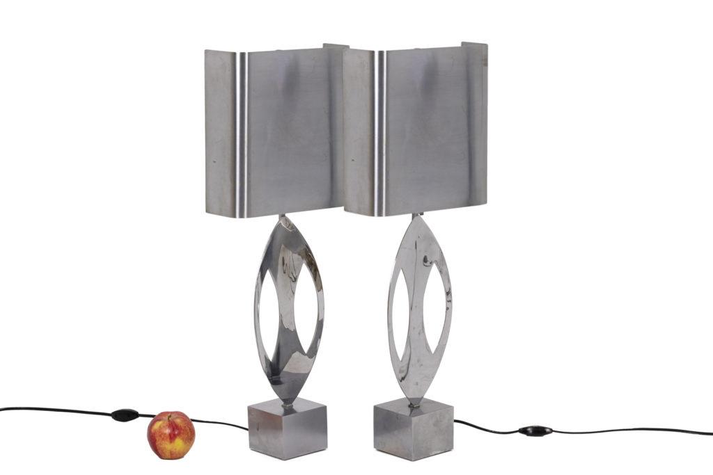 Maison Charles, paire de lampes «Amande» en acier inoxydable, années 1970