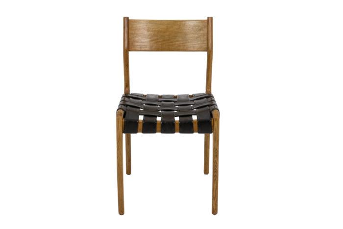 Chaise scandinave, vue de face
